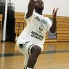 Lynn120318 Owen Classical boys basketball practice04