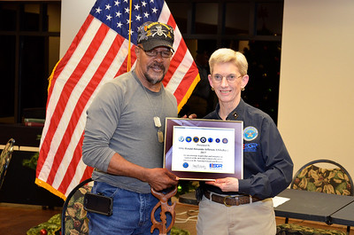 Ron Jefferson receives ESGR Seven Seals Award from ESGR Regional Chair Nancy Waller