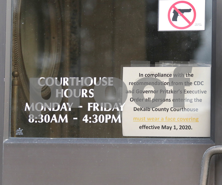 dc.1202.COVID sign at courthouse01