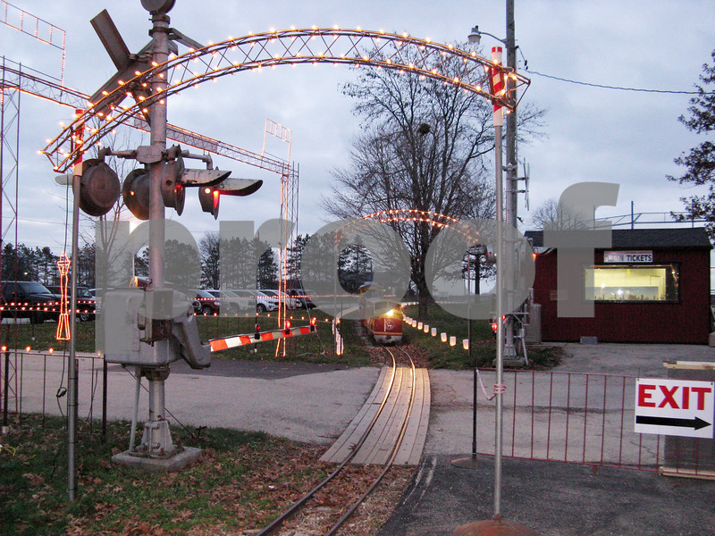 Aimee Barrows – news@daily-chronicle.com<br /> The Holiday Lights Train pulls into the station Saturday at Lions Park in Waterman.