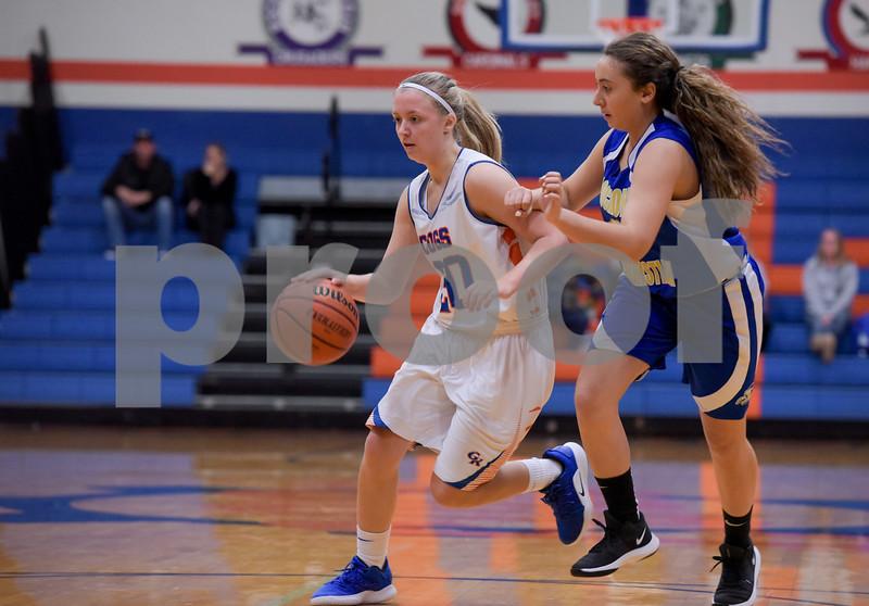 dc.sports.1207.gk.girls-1