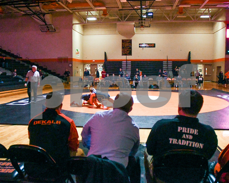 dc.sports.1207.dek wrestling03