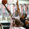 dc.sports.1208.ic hia boys hoops05
