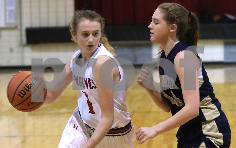 dc.sports.1208.ic hia girls hoops07