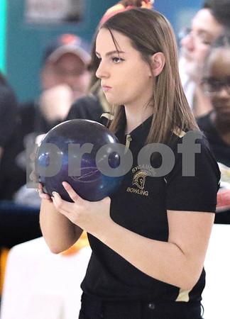 dc.sports.1211.dekalb sycamore bowling12