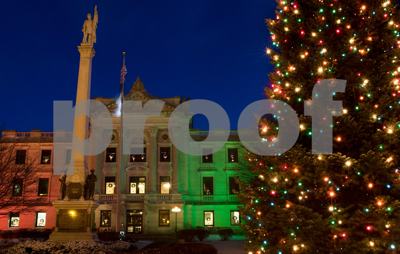 dnews_1212_Courthouse_Dawn_01