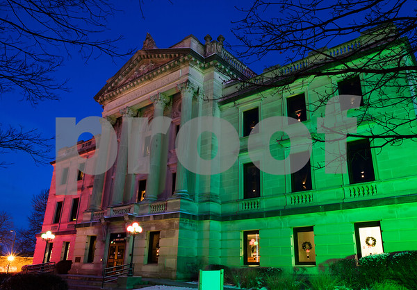 dnews_1212_Courthouse_Dawn_03