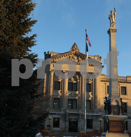dnews_1212_Courthouse_Dawn_19