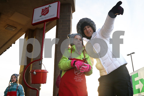 dnews_1214_SalvArmy_Bells_01