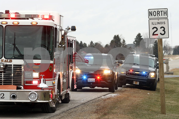 dnews_1215_DeKalb_Crash_06