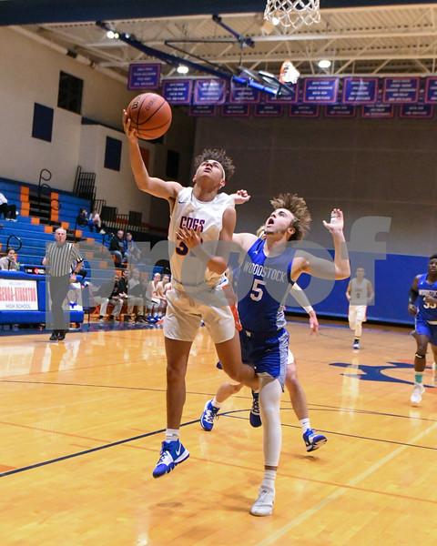 dc.sports.1217.gk basketball05