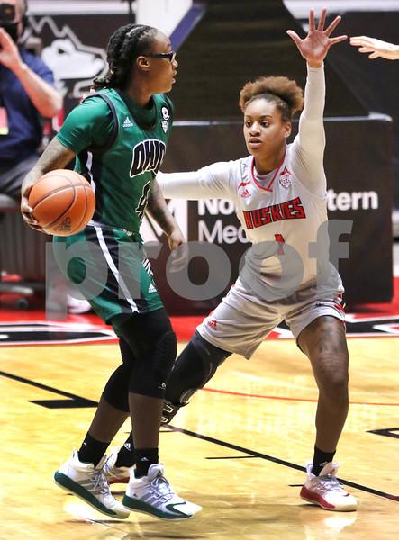 dc.1217.NIU women vs Ohio basketball06