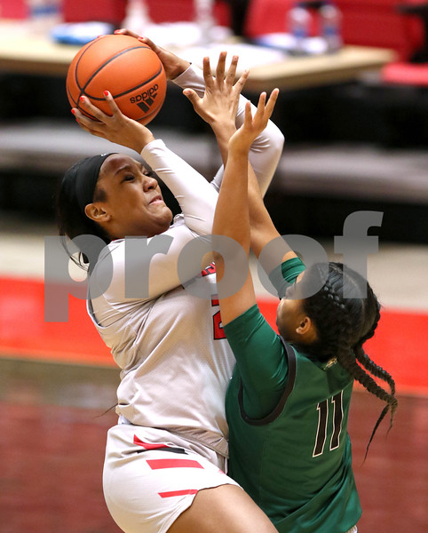 dc.1217.NIU women vs Ohio basketball01