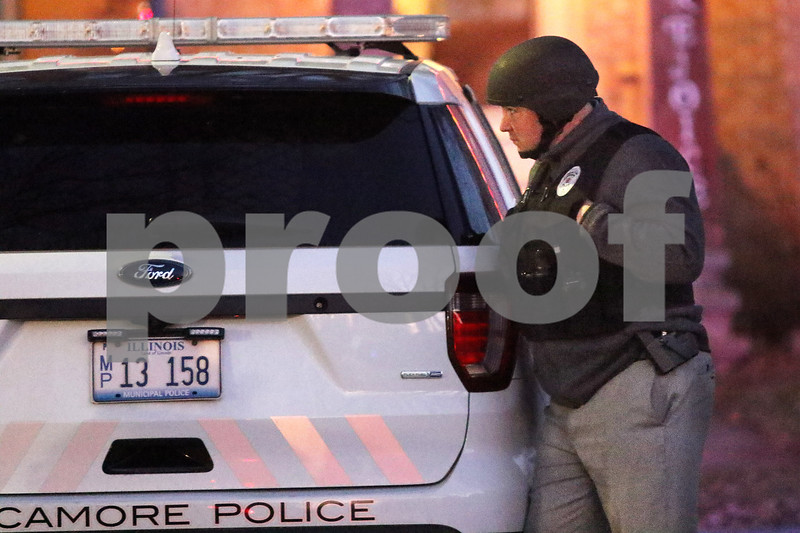 dnews_1218_Sycamore_Police_01