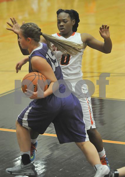 dcspt_1220_dekgirls_basketball4