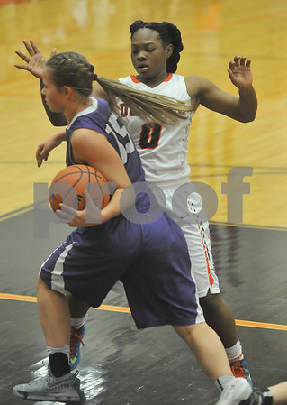 dcspt_1220_dekgirls_basketball4