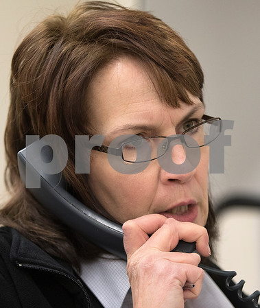 dnews_1223_HyVee_Employee_03