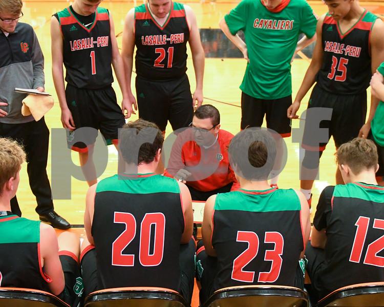 Dc.sports.1227.dekabl hoops11