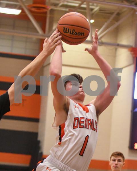 Dc.sports.1227.dekabl hoops06