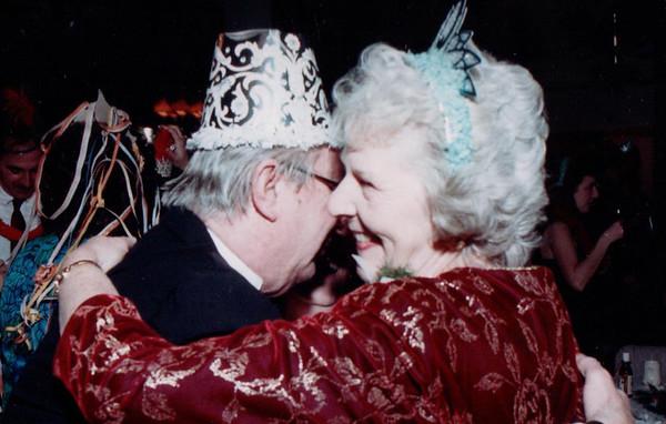 12/31/1993 Linda and Jeff wedding