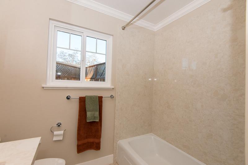 DSC_87_tub_shower