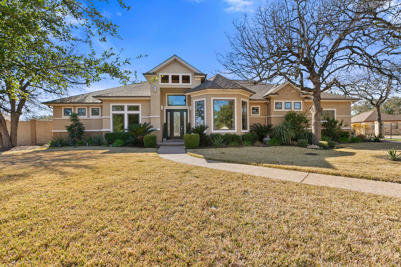 133 Gabriels Loop Georgetown TX
