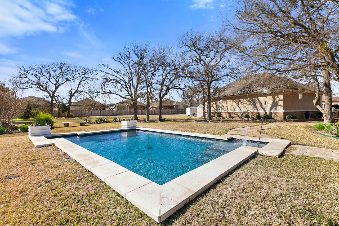 Georgetown TX home on land