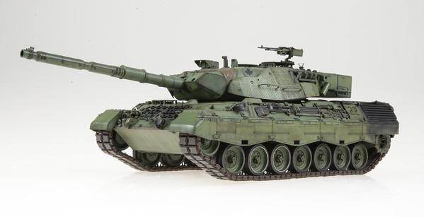 1/35 Takom Leopard C2
