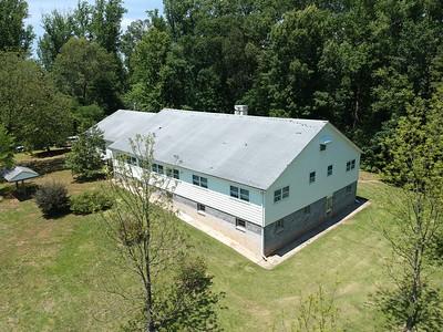 Spacious 3264 sq.ft., 4BR, 4BA home