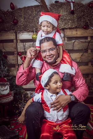IMG_2303December 30, 2016 Sesión de navidad de Angely y familia