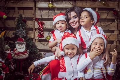 IMG_2327December 30, 2016 Sesión de navidad de Angely y familia