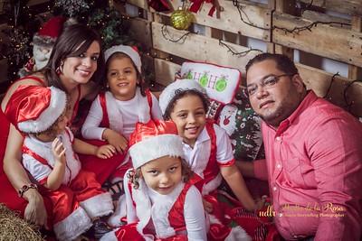 IMG_2329December 30, 2016 Sesión de navidad de Angely y familia
