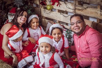 IMG_2328December 30, 2016 Sesión de navidad de Angely y familia