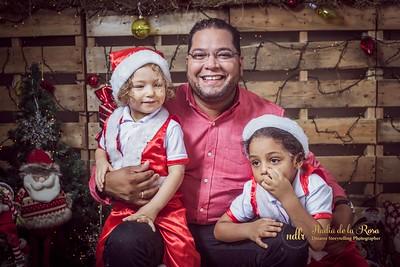 IMG_2299December 30, 2016 Sesión de navidad de Angely y familia