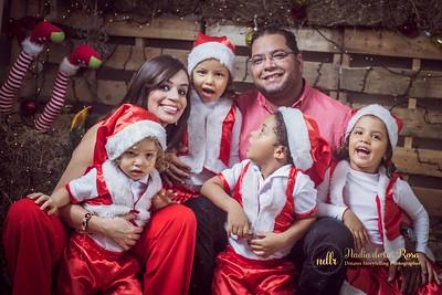 IMG_2308December 30, 2016 Sesión de navidad de Angely y familia