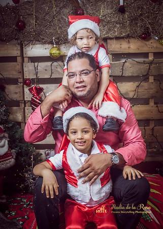 IMG_2302December 30, 2016 Sesión de navidad de Angely y familia
