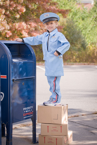 13mailperson (1 of 21)