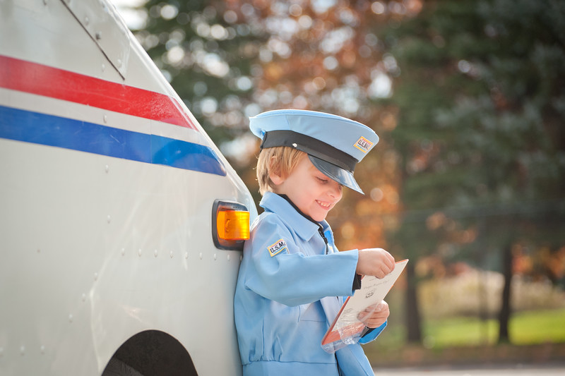 13mailperson (15 of 21)