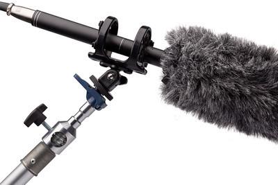 1420-mic-900x600