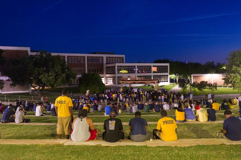 14294-event-Basketball Candlelight Vigil-4429