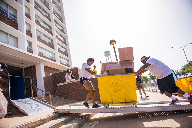 14306-event-move in day-9978
