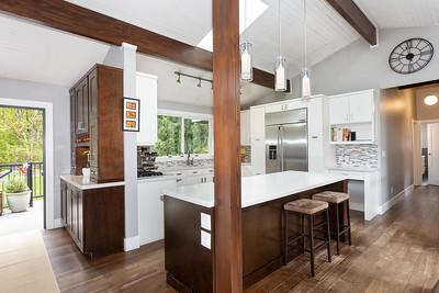 1434 Kitchen 2