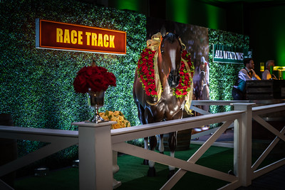 """Derby in Chicago """" Run for the Roses """""""