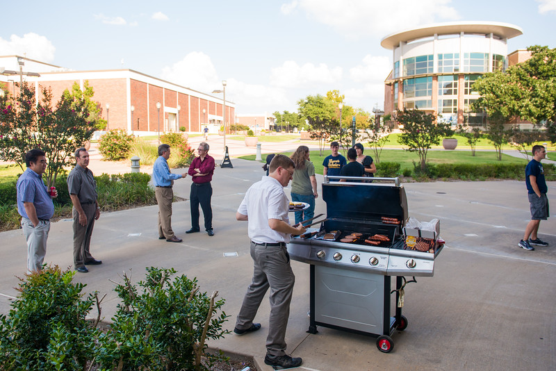 14431-event-Physics BBQ Social-2144