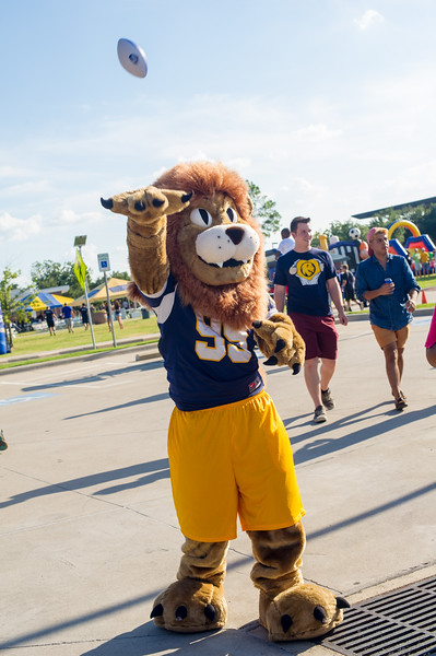 14437-event-Football vs ETBU tailgate-9052
