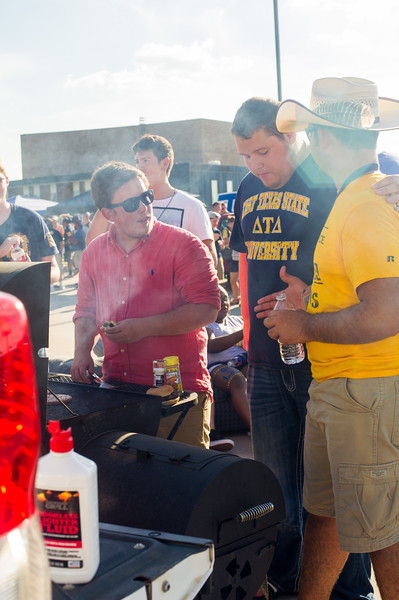 14437-event-Football vs ETBU tailgate-9070