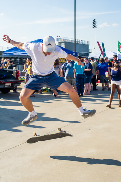 14437-event-Football vs ETBU tailgate-9021