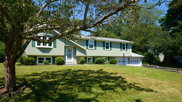 145 Fawn Hill Dr. :: Westbrook