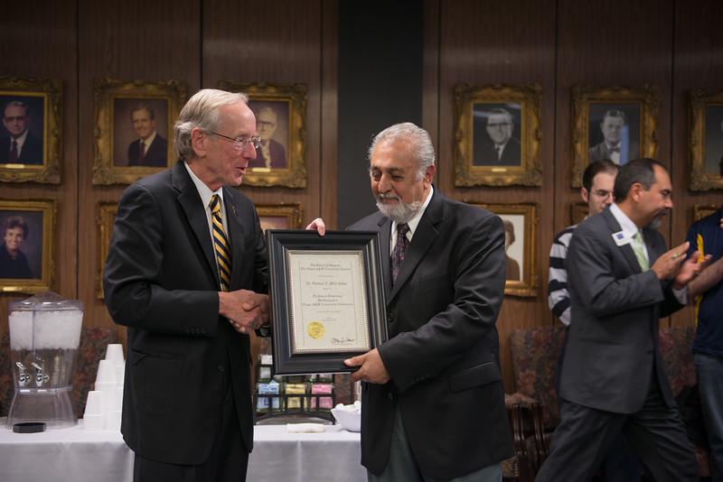 14534-event-Dr Aslan Professor Emeritus--63