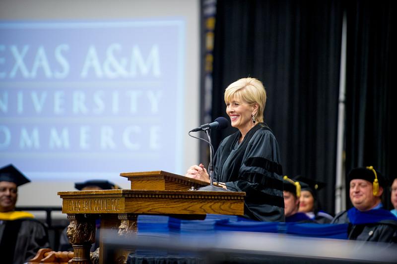 14578-event-Graduation Fall 2014-9230